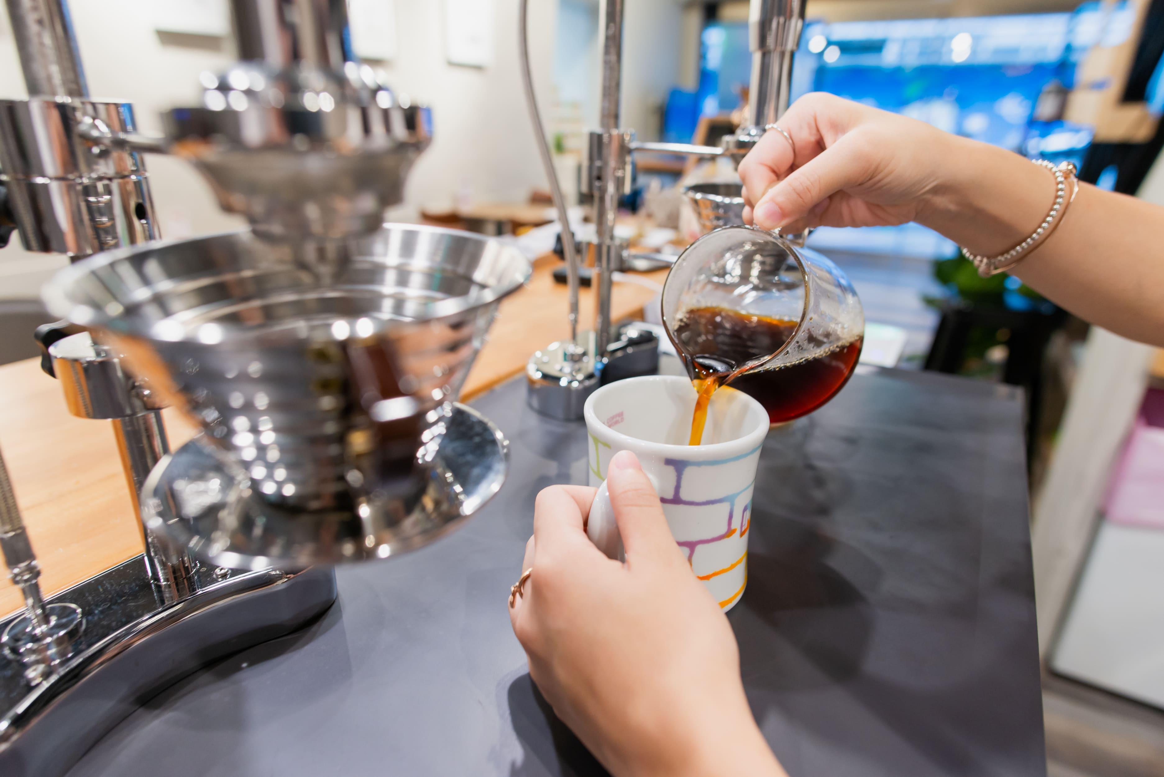 IMPCT COFFEE 咖啡吧檯